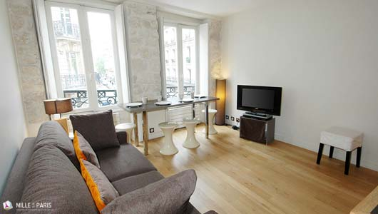 Location vacances paris et location saisonni re 1000et1paris for Location appartement bordeaux pas cher