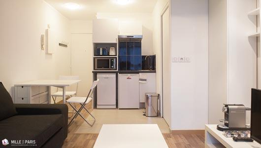 location saisonni re vacances paris batignolles appartement avenue de clichy. Black Bedroom Furniture Sets. Home Design Ideas