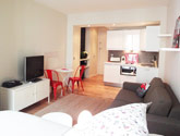Holiday Rentals Paris Rue Beaubourg