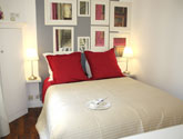 Holiday Rentals Paris Rue Simon le Franc